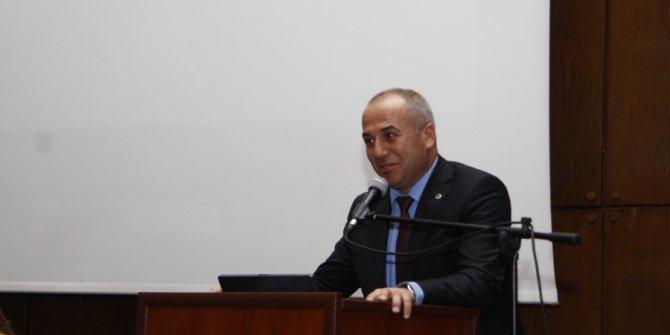 Prof. Albayrak Ankara'daki tren kazasında hayatını kaybetti