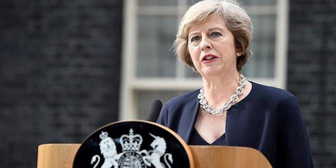Theresa May'den kritik açıklama!