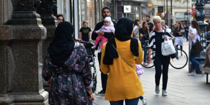 Almanya'da Müslümanlara 9 ayda 578 saldırı