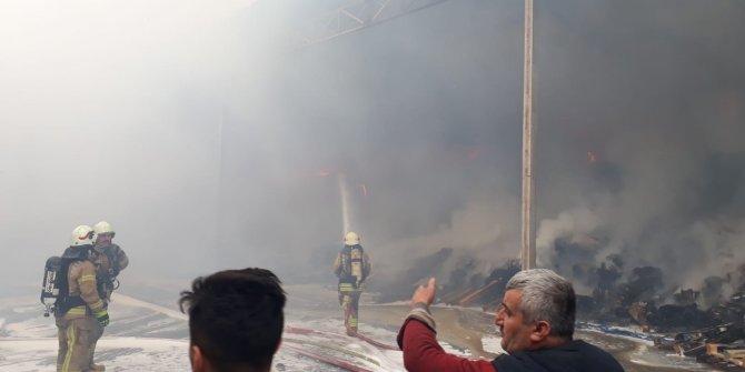 Arnavutköy'de fabrika yangını!
