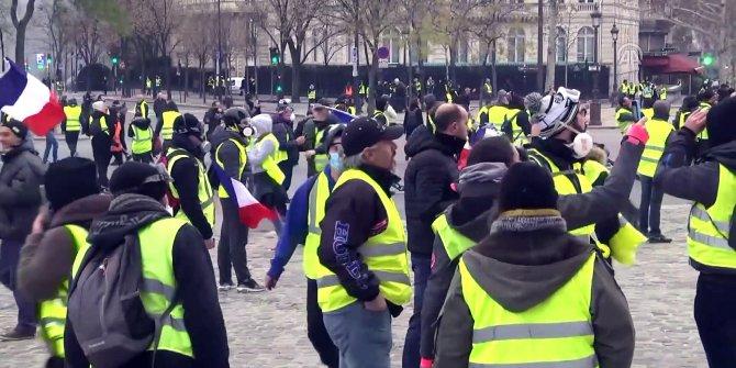 Paris'teki gösteri öncesi yoğun güvenlik önlemleri