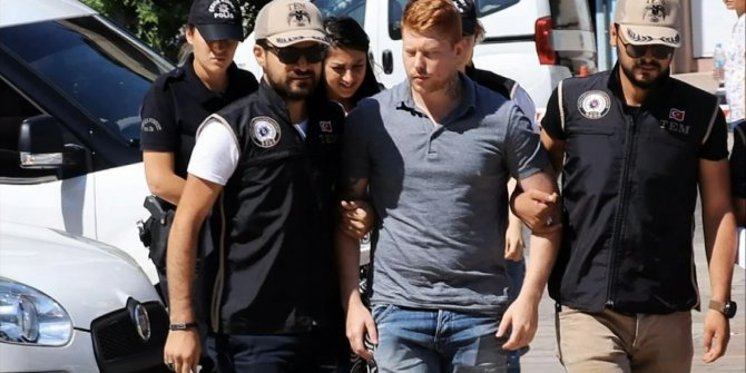 İngiliz YPG'li terörist Türkiye'den kaçmış