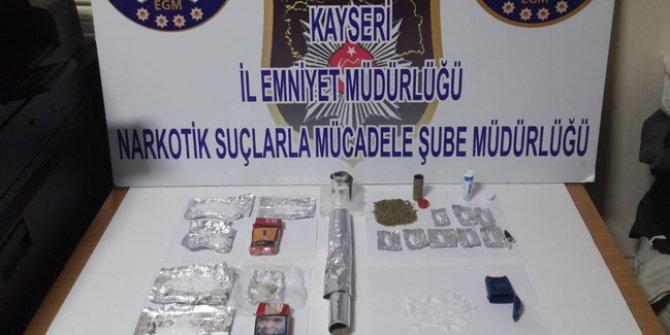 Kayseri'de uyuşturucu ticaretine 3 gözaltı