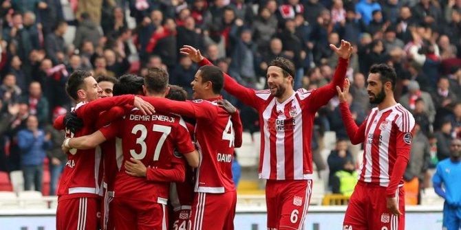 Sivasspor'da çıkış sürüyor 4-0