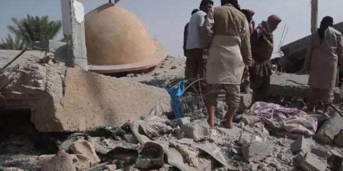 ABD Deyrizor'da yine cami vurdu!