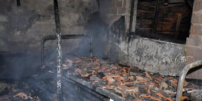 Evinde çıkan yangında öldü