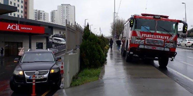 Halkalı'da su basan hastanenin çocuk servisi boşaltıldı