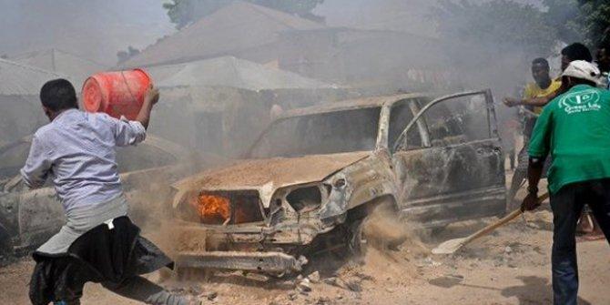 Somali'de bomba yüklü araçla saldırı: 16 ölü