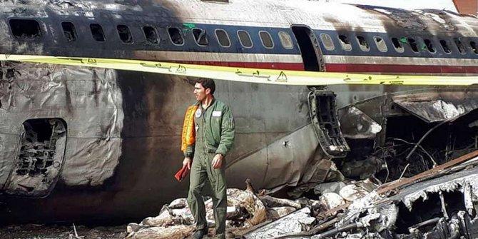 İran'da kargo uçağı düştü: 16 ölü