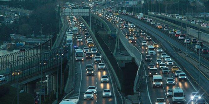 Haliç Köprüsü'nde trafiği kilitleyen kaza