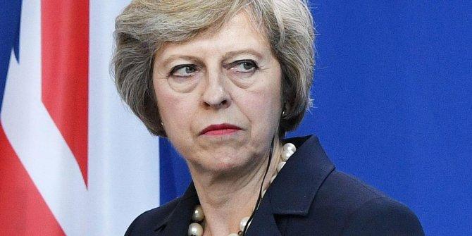 İngiltere'de neler oluyor?: May için kritik gün