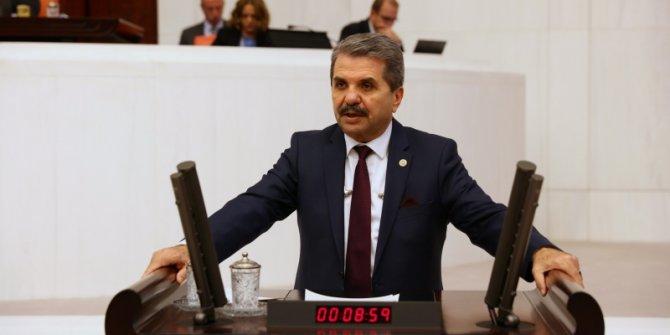 """İYİ Parti Milletvekilinden Uygur Türkleri çağrısı: """"25 kuruşluk poşet kadar ilgi yok"""""""