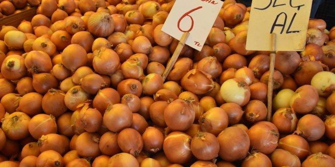 Zamlar tezgahı vurdu, soğan satışları düştü