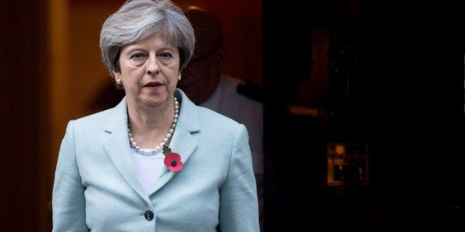 İngiltere'de hükümete güvenoyu