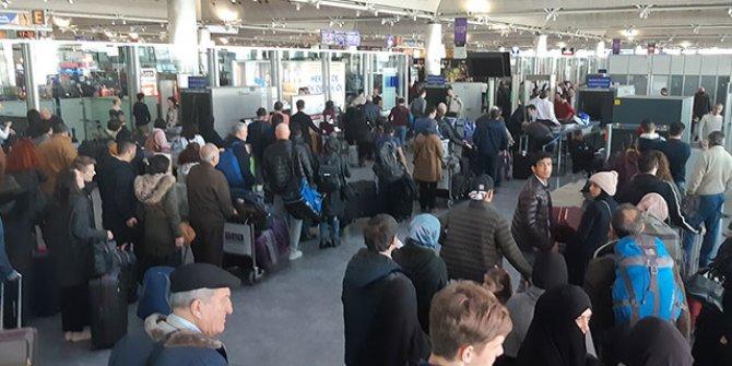 Atatürk Havalimanı'nda sömestir tatil yoğunluğu