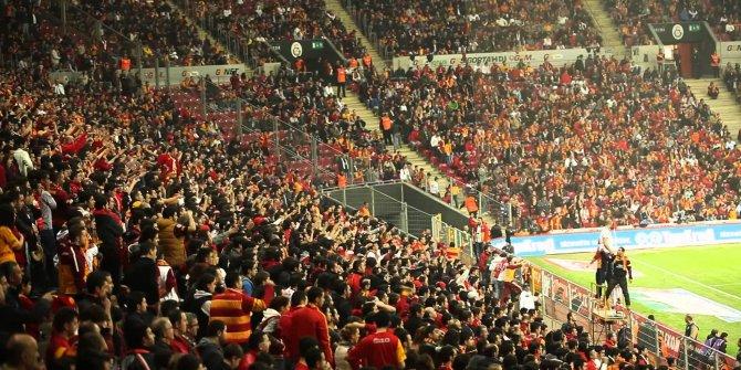 Galatasaray taraftarından yönetime forvet tepkisi