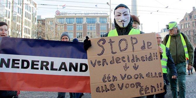 Hollanda'da sarı yelekliler protestosu