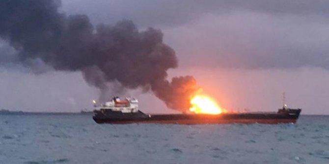 Kerç Boğazı'nda gemi yangını: 14 ölü