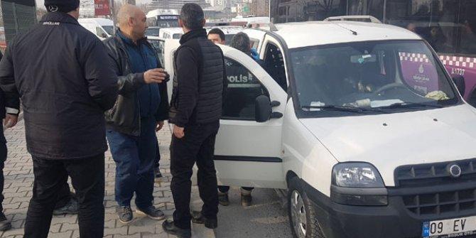 Esenyurt'ta bir kişi aracının içinde ölü bulundu