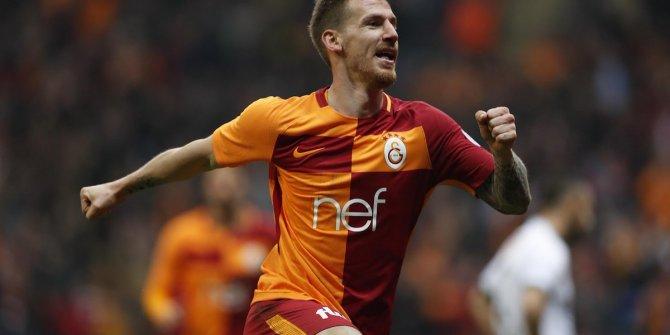 Serdar Aziz Galatasaray ile sözleşmesini feshetti