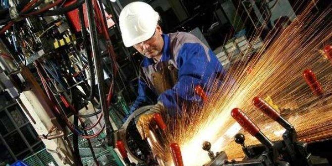 Sanayi üretimi Aralık'ta yıllık yüzde 9.8 düştü