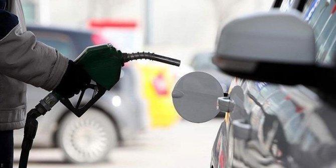 Lütfü Türkkan'dan benzin zammı tepkisi