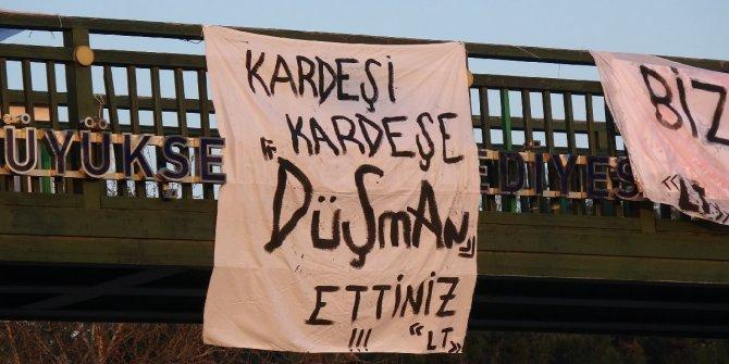 Bursasporlu taraftarlardan pankartlı tepki!