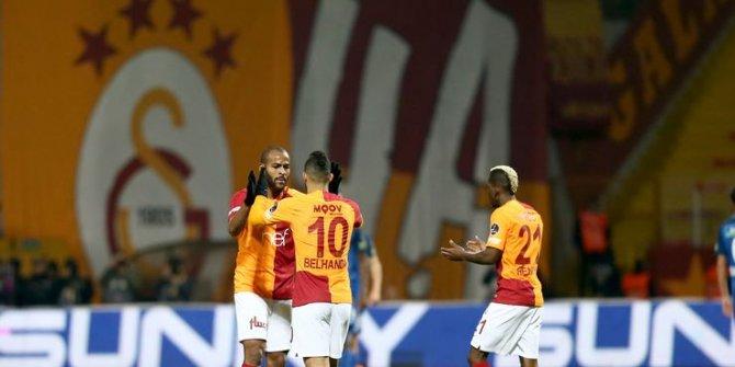 Galatasaray'ı Feghouli ve Belhanda sırtladı