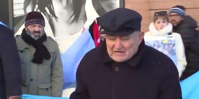 """Uygur Türkü'nün feryadı: """"Hayvanları bile koruyorlar"""""""