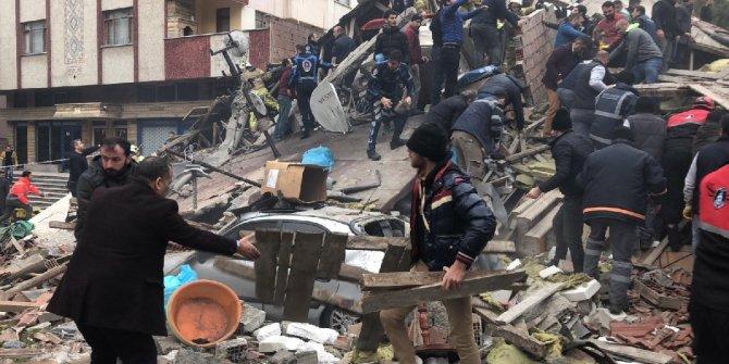 İYİ Partili Naci Cinisli'den Mehmet Sekmen'e çöken bina tepkisi