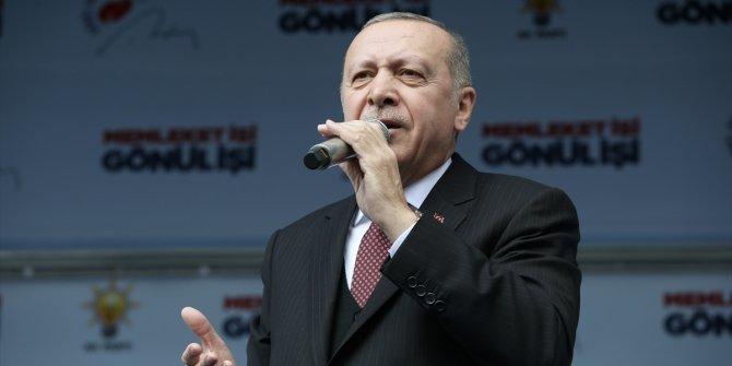 """Cumhurbaşkanı Erdoğan: """"Dinlemeyiz vurur geçeriz"""""""