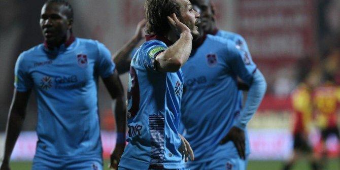 Trabzonspor'un genç yıldızı Abdülkadir Parmak'tan yürek burkan açıklama!