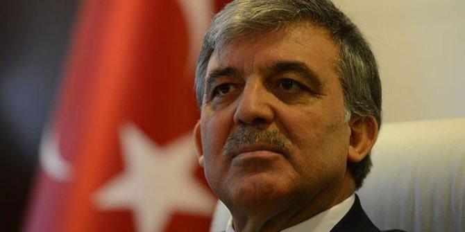 """Abdullah Gül: """"Lanetliyorum"""""""