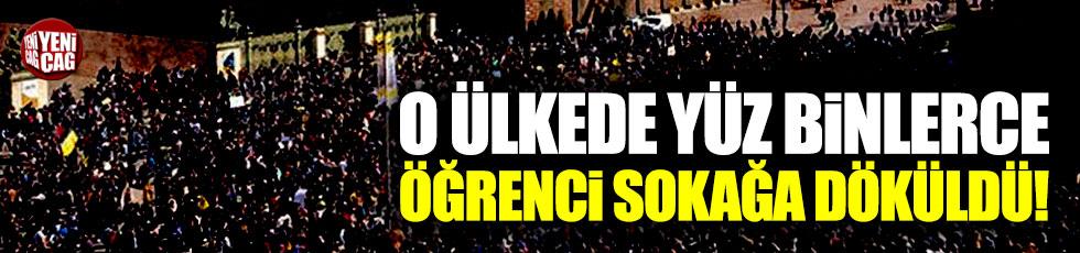 Almanya'da yüz binlerce öğrenci sokağa döküldü!
