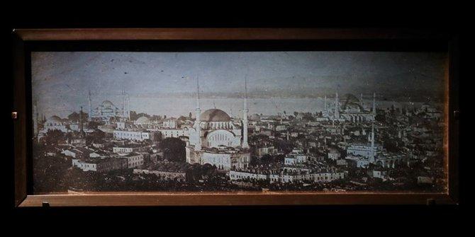 """""""İstanbul'un ilk fotoğrafları"""" New York'ta sergleniyor."""