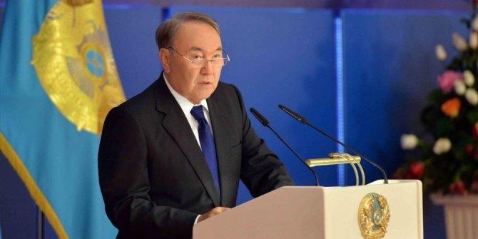 Kazakistan Cumhurbaşkanı istifa etti!