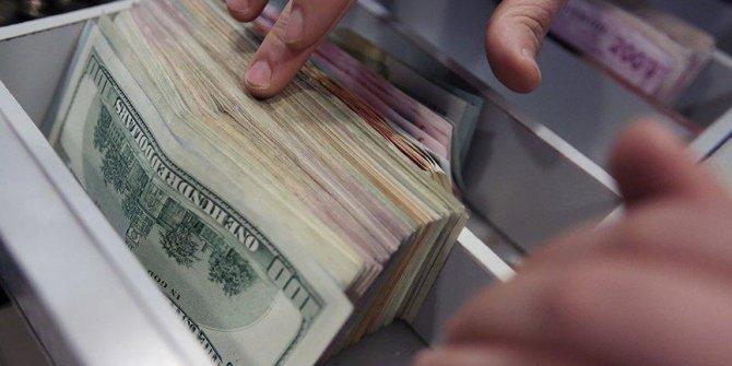 Dolar hesaplarında stopaj yükseltildi