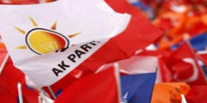 AKP afişleri indirilsin talebi