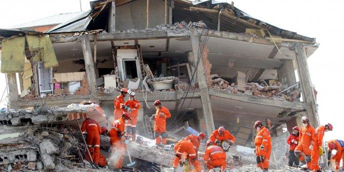 """CHP'li vekilden deprem uyarısı: """"Daha riskli binaları tespit edemediler"""""""