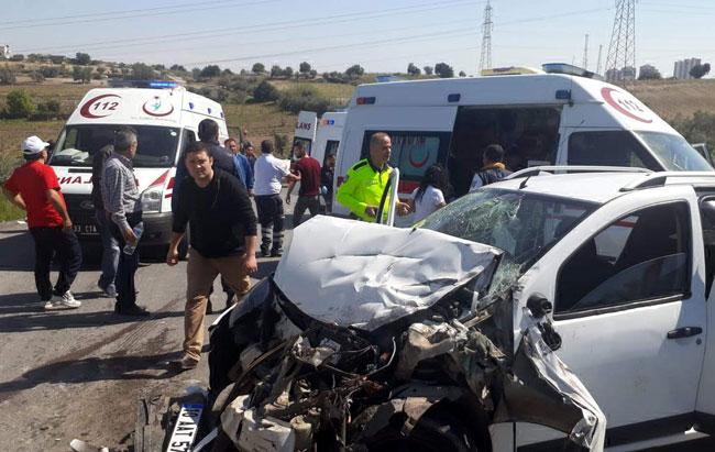 Tarsus'taki kazada4 kişi yaralandı