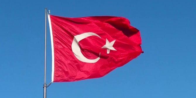 """""""Türkler vatan uğruna canlarını verirken…"""""""