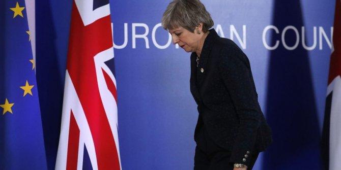 Theresa May'den flaş teklif!