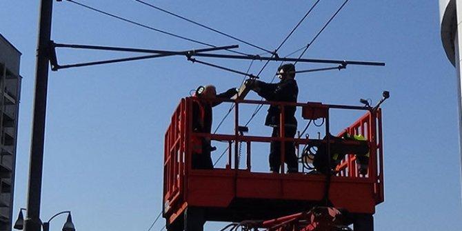 Kopan elektrik teli tramvay seferlerini durdurdu