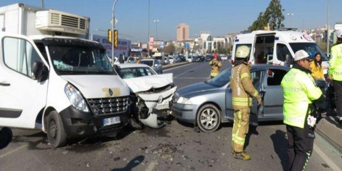 Kartal Sahil Yolu'nda kaza: 1 yaralı