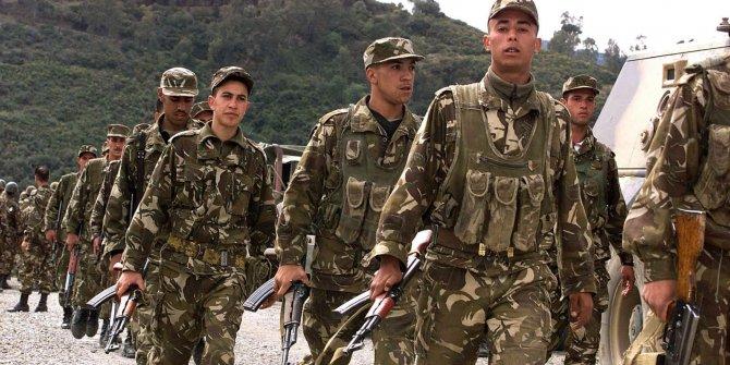 Cezayir'de askeri müdahale!