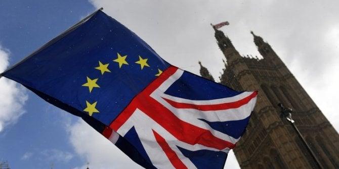 İngiltere'de kritik Brexit hareketliliği