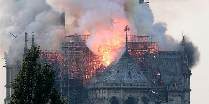 Notre Dame Katedrali dijital kopyasıyla yeniden hayat bulabilir