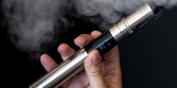 """""""Elektronik sigara da kanser riskini artırıyor"""""""