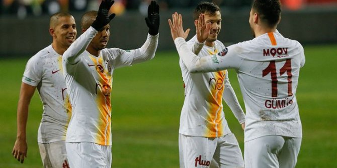 Galatasaray'da flaş ayrılık! Ön protokol imzalamış!