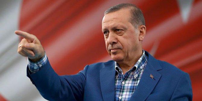 Erdoğan demokrasi kahramanı olur mu?